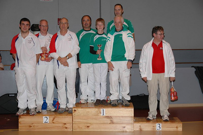 salle-thouars-2011-equipe-class